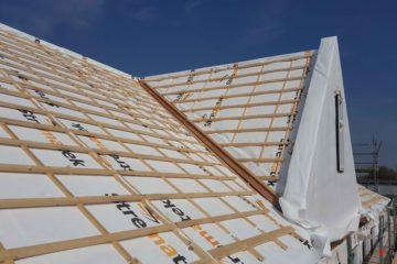 Montage dak- en gevelelementen en aanbrengen additionele producten op de bouwlocatie